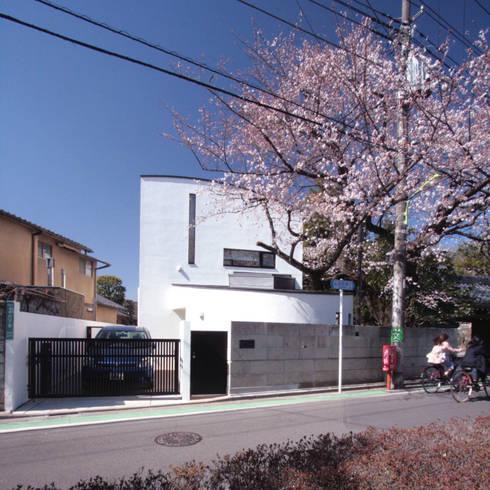 外観: 中川龍吾建築設計事務所が手掛けた家です。