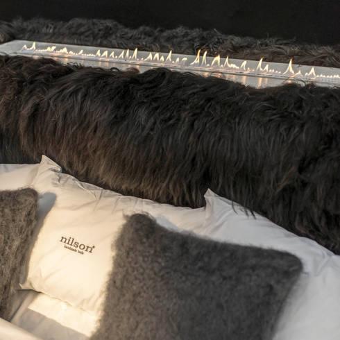 Shepherd from Iceland:  Muren & vloeren door Dofine wall   floor creations