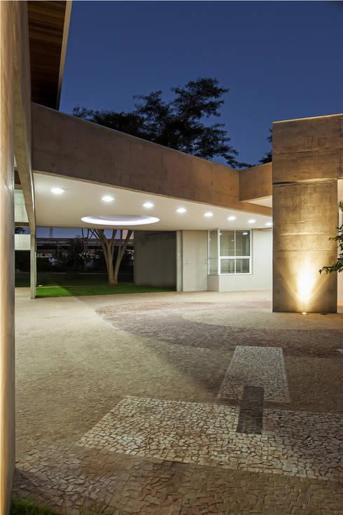 ESA – Escola Superior de Advocacia/OAB: Escritórios  por JT Arquitetura