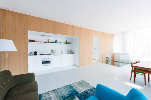 Oude Schans Amsterdam: moderne Keuken door Hamers Meubel & Interieur