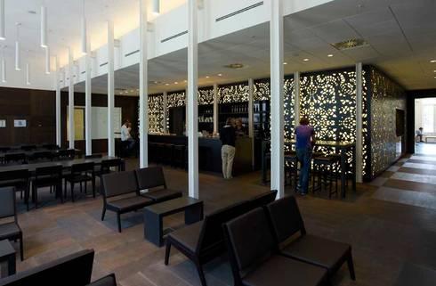 Het salon:  Scholen door PUUR interieurarchitecten