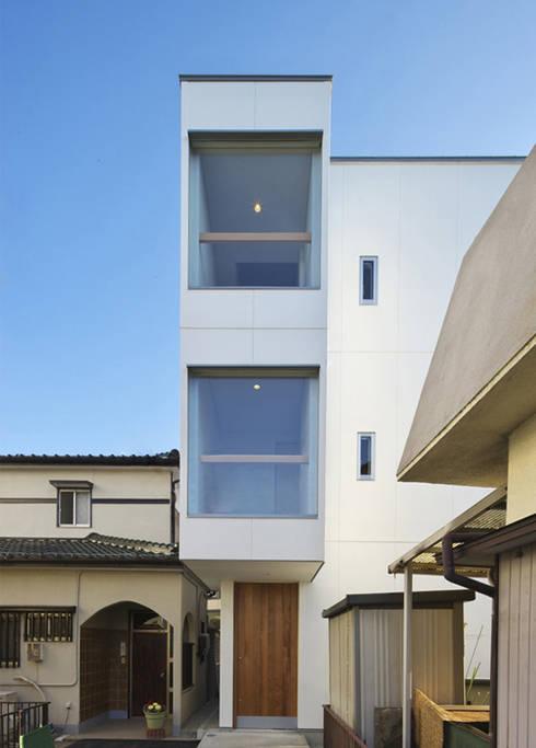 尾張旭の家: 五藤久佳デザインオフィス有限会社が手掛けた家です。