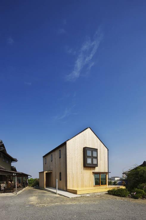 南濃の家: 五藤久佳デザインオフィス有限会社が手掛けた家です。