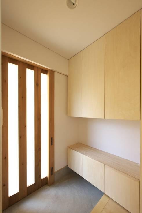 南濃の家: 五藤久佳デザインオフィス有限会社が手掛けた窓です。