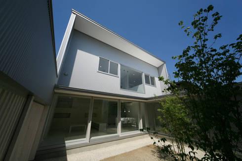 東刈谷の家: 五藤久佳デザインオフィス有限会社が手掛けた家です。