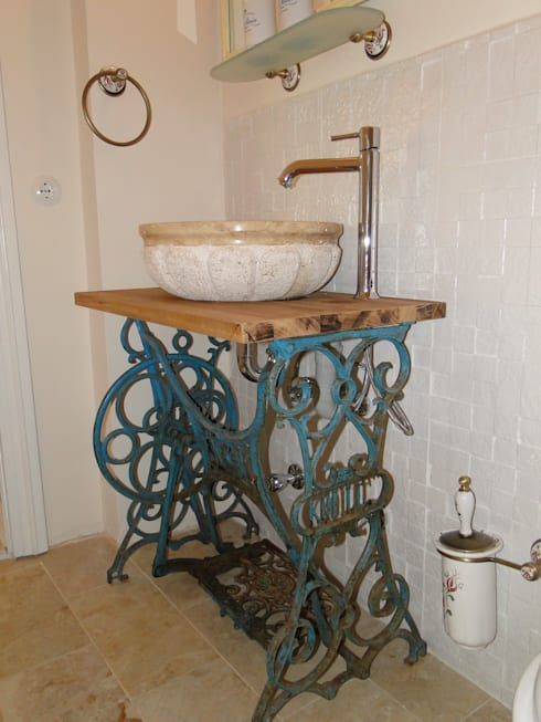 Tuncer Sezgin İç Mimarlık – Yu-Ga Otel: akdeniz tarzı tarz Banyo