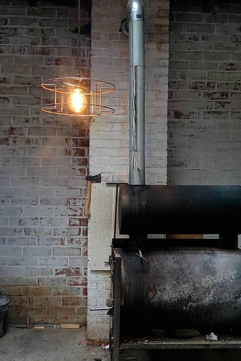 Bobbie: industriële Gang, hal & trappenhuis door Allossa