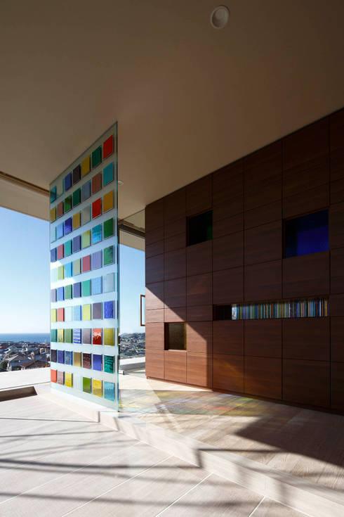 エントランス | CASA BARCA | 海を眺める豪邸(別荘建築): Mアーキテクツ|高級邸宅 豪邸 注文住宅 別荘建築 LUXURY HOUSES | M-architectsが手掛けた家です。