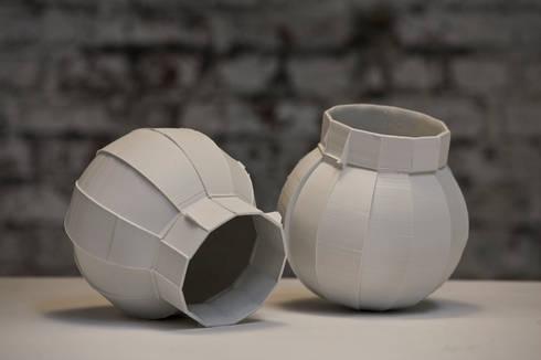 Pieces of π: moderne Woonkamer door Dik Scheepers