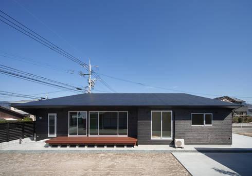 南側外観: 田村の小さな設計事務所が手掛けた家です。