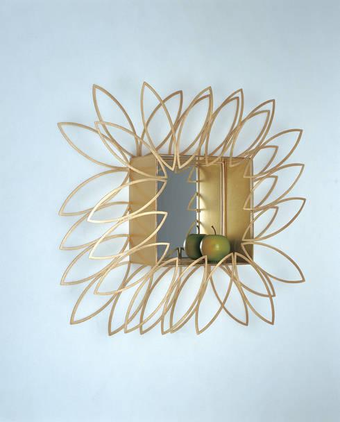 햇살담은 거울: Salvia Garden의  아트워크