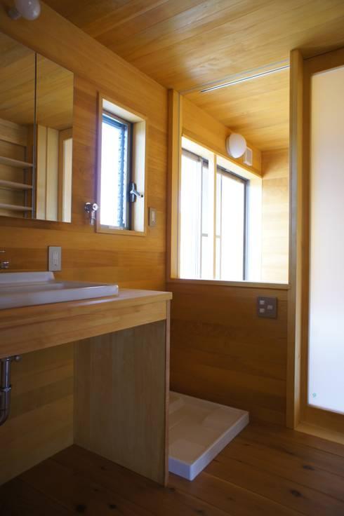 新・鎌・家: 環境創作室杉が手掛けた浴室です。