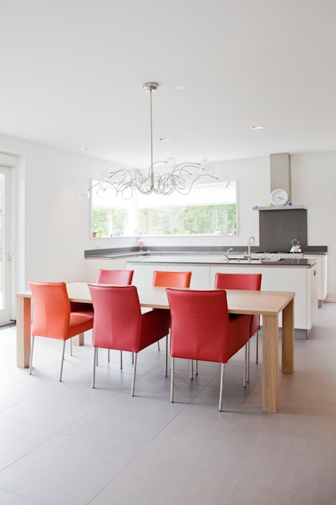modern Kitchen by Archstudio Architecten | Villa's en interieur