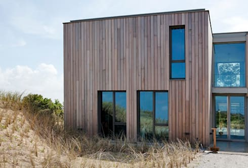 Villa Zandvoort: moderne Huizen door paul seuntjens architectuur en interieur