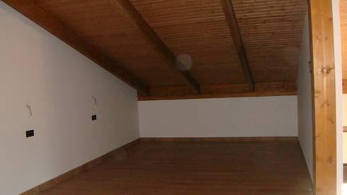 Construcción de 2 Viviendas Unifamiliares en Llanera:  de estilo  de 2 Mar Construcciones  HNOS. VINCELLE LLAMEDO S.L.