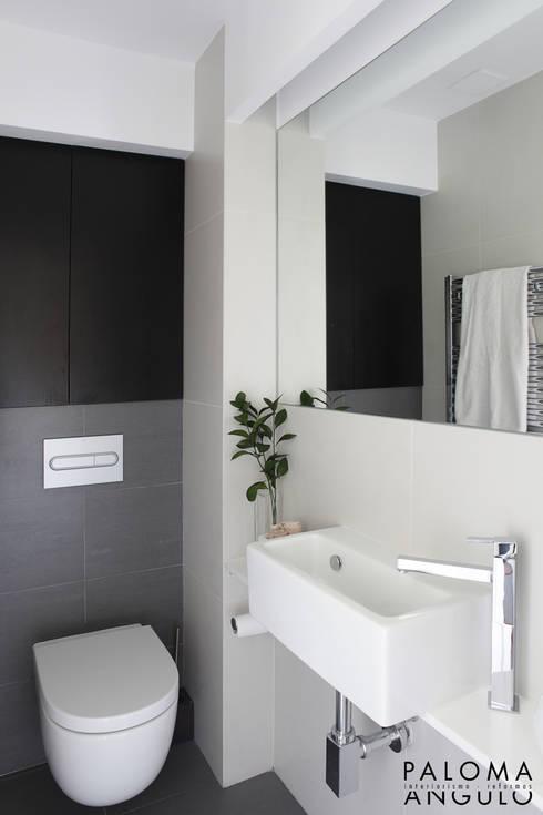 Baños de estilo moderno por Interiorismo Paloma Angulo
