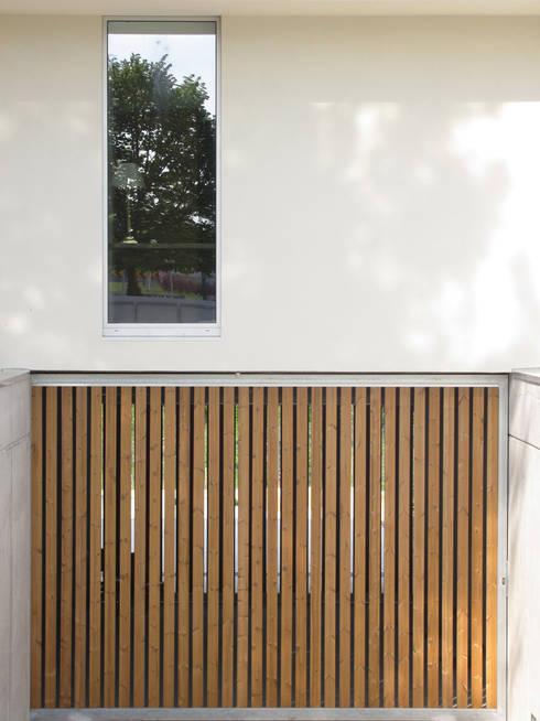 Casa Cláudia: Janelas   por Artspazios, arquitectos e designers