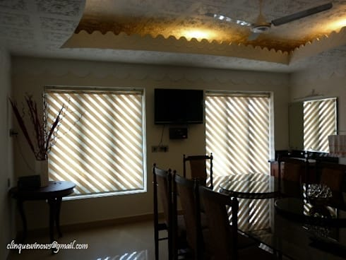 Dual Shade Roller Blinds. Slopes:  Windows & doors  by Clinque window blind systems