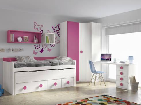 Compacto con dos camas y 4 cajones + armario: Habitaciones infantiles de estilo  de Muebles y Decoración Marisa Cardona