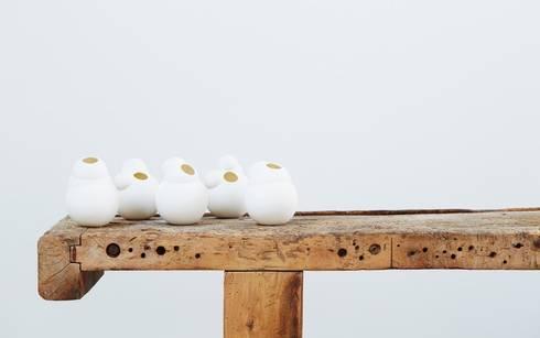 Part #4 - Vase white: scandinavische Woonkamer door Fou de Feu