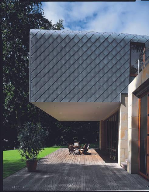 Atelier und Wohnhaus: moderne Häuser von SNAP Stoeppler Nachtwey Architekten BDA Stadtplaner PartGmbB