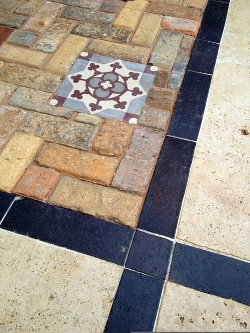 Paving details : mediterranean Garden by Amy Perkins Garden Design Ltd