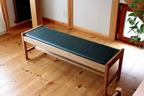 Bench-1: trusty wood worksが手掛けたダイニングルームです。