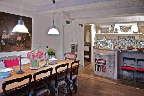 URBANA 15: rustik tarz tarz Yemek Odası