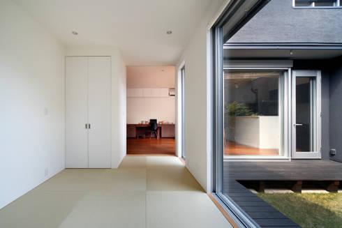 和室: atelier mが手掛けた寝室です。