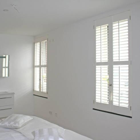 Klassieke Villa, Tilburg: koloniale Slaapkamer door Doreth Eijkens   Interieur Architectuur