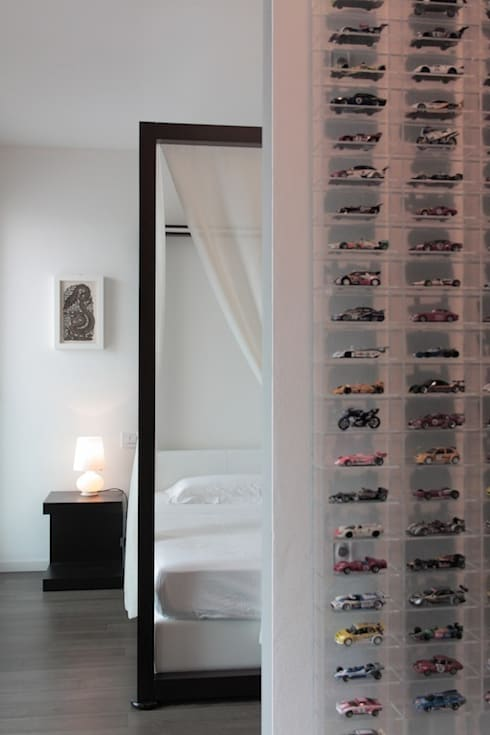 Loft per single: Camera da letto in stile  di Francesca Bonorandi