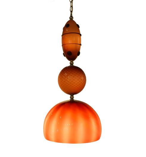 Muurbloem Design Studio Chandelier of Beads: moderne Woonkamer door Muurbloem Design Studio