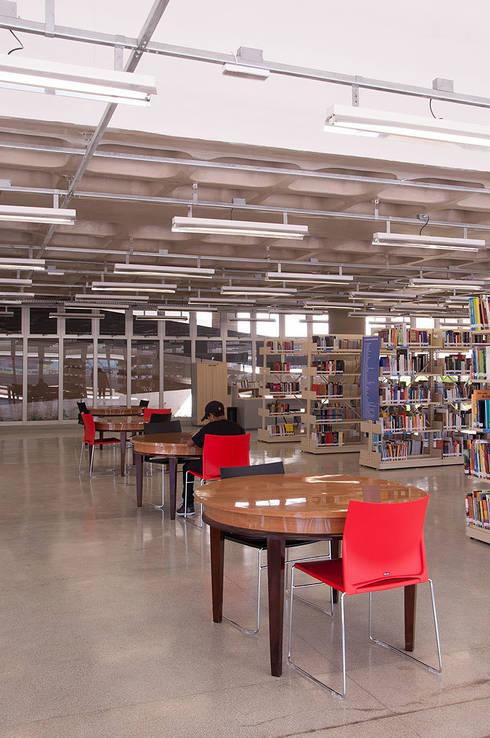 ODVO Arquitetura e Urbanismo의  학교