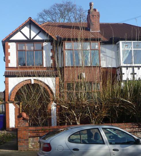 Rowan Ave:  Houses by Pride Road