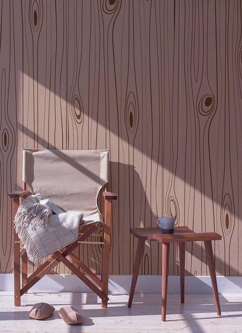 Wood Chestnut: Pareti & Pavimenti in stile  di All The Fruits