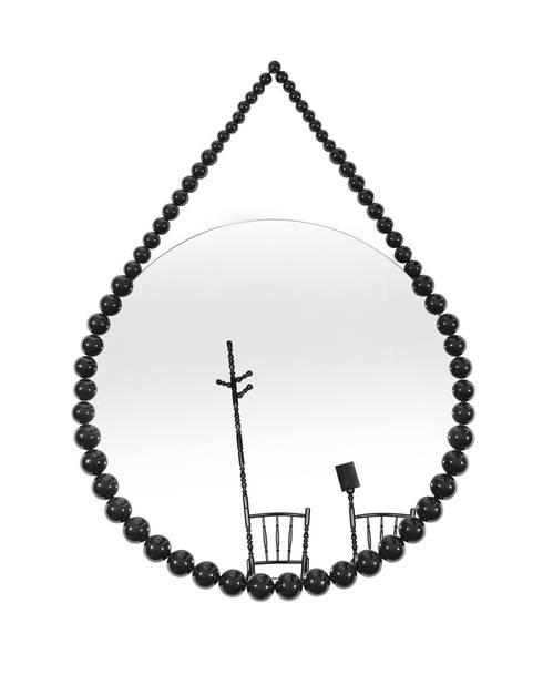 Bead Mirror: moderne Gang, hal & trappenhuis door Vroonland
