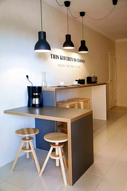kitchen: Cozinhas ecléticas por Home Staging Factory
