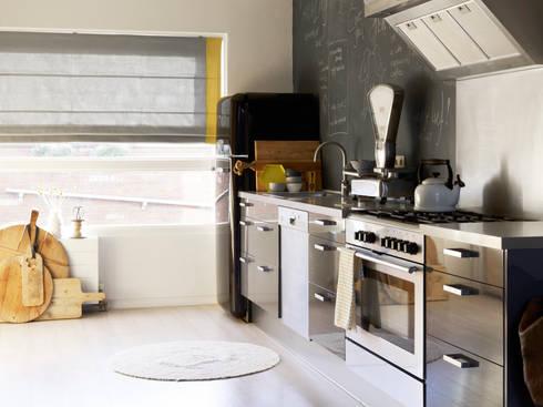 Liefde voor je raam: moderne Keuken door Vadain