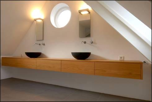 Badkamers: moderne Badkamer door Designed By David