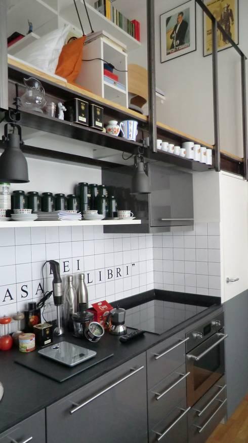 Cucina: Cucina in stile in stile Industriale di Arch. Silvana Citterio