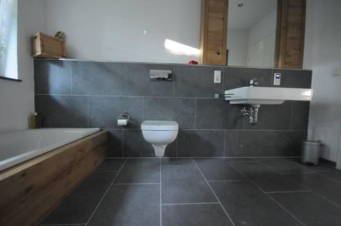 badezimmer privat von hubert killing gmbh anr chter dolomitstein homify. Black Bedroom Furniture Sets. Home Design Ideas