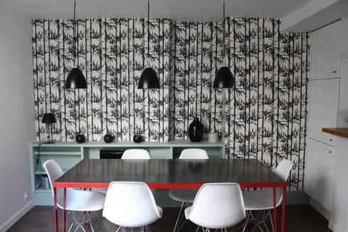 Duplex République: Salle à manger de style de style Industriel par am alexandra magne