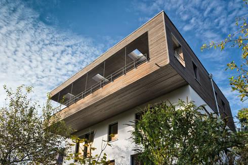 sanierung einfamilienhaus am hang von nat rlich architektur homify. Black Bedroom Furniture Sets. Home Design Ideas