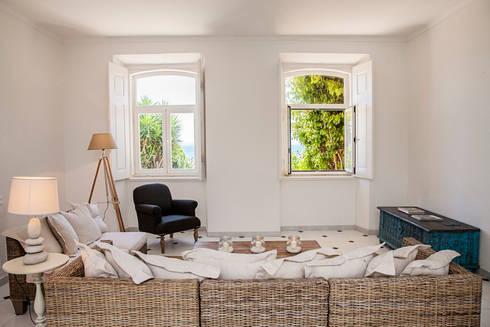 living room:   por Home Staging Factory