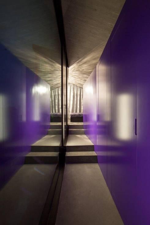 Projekty,  Korytarz, przedpokój zaprojektowane przez L3P Architekten ETH FH SIA AG