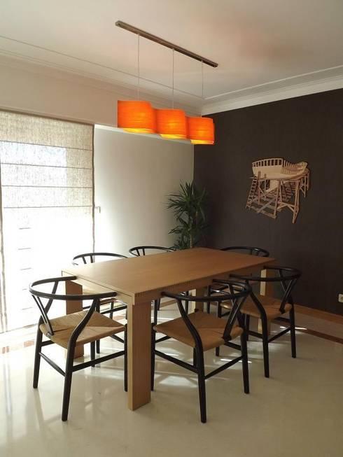 Zona de Refeições: Salas de jantar modernas por Traço Magenta - Design de Interiores