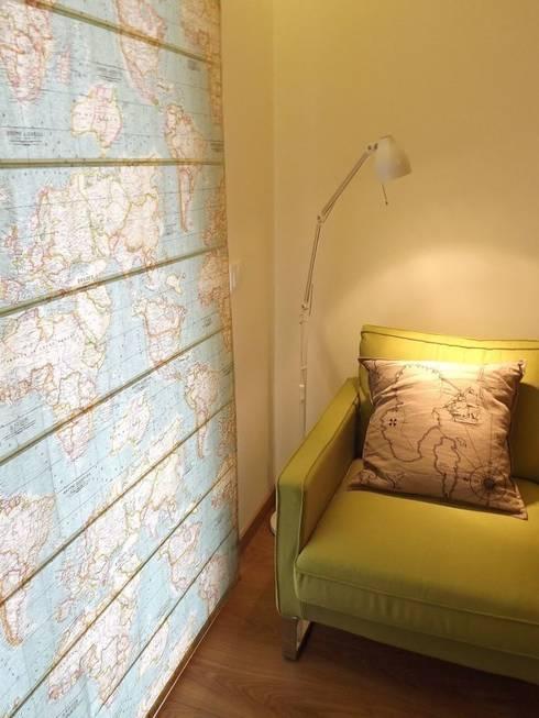 Escritório - promenor: Escritórios e Espaços de trabalho  por Traço Magenta - Design de Interiores