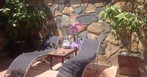 Solarium Feng Shui: Jardines de estilo asiático de Feng Shui Cristina Jové