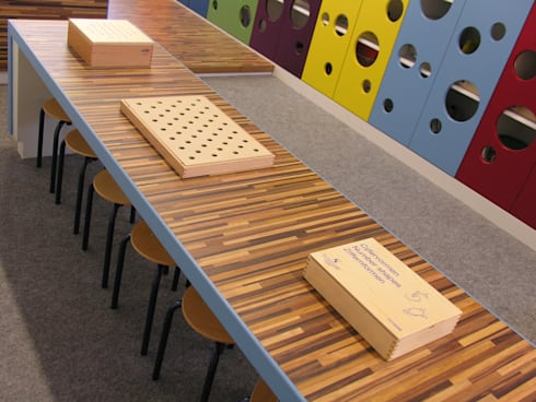 Speeltafel:  Scholen door Leonardus interieurarchitect