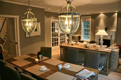 ห้องทานข้าว by THE WHITE HOUSE american dream homes gmbh